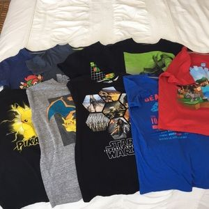 9 Old Navy t-shirts